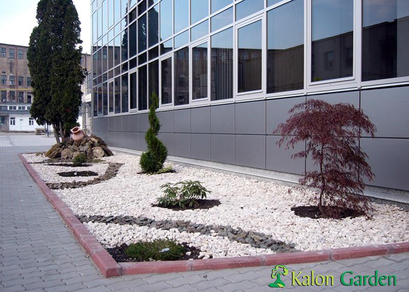 amenajari spatii verzi cu pietris Cluj - Rolicom